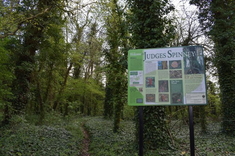Judges Spinney Entrance (2)